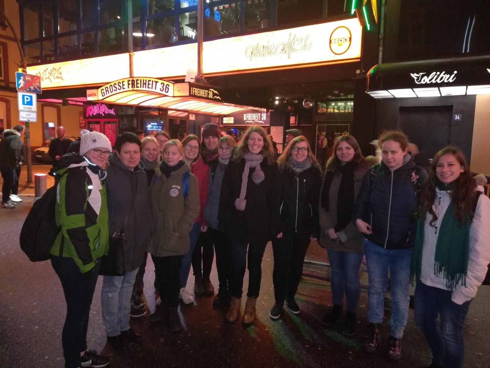 Hamburg mädchen kennenlernen